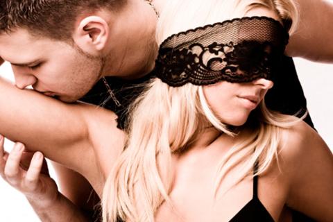 Релакс-массаж или эротический массаж в мужском салоне «Х»: «Бизнес-ланч», «Огонь императрицы», «Восточная экзотика - эффект сауны», «Амазонки», «Урок любви», «Экзотический рай», «Да, господин». Скидка до 73% от КупиКупон