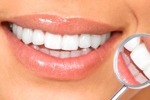 Установка имплантата AlphaBio, металлокерамической и безметалловой коронки без удаления нервов из зубов в клинике «ADN Стоматология» + рентгеновские снимки бесплатно! Скидка до 52%
