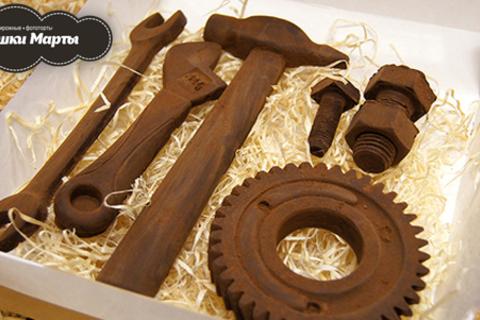 Шоколадные наборы для мужчин и женщин на выбор от кондитерской «У тетушки Марты». Сладкий презент от всей души! Скидка до 61%