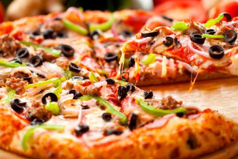 Сет из 3, 5 или 7 пицц от пекарни «Плакунтос». Оригинальные рецепты, отборные ингредиенты, команда опытных поваров. Скидка до 67%