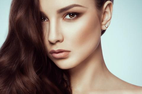 Парикмахерские услуги в салоне красоты «Баккара»: стрижка, сложное окрашивание, биоламинирование, укладка и не только. Скидка до 76%
