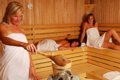 3 часа отдыха в русской бане для компании до 6 человек в оздоровительном центре Little-L. Скидка до 61%