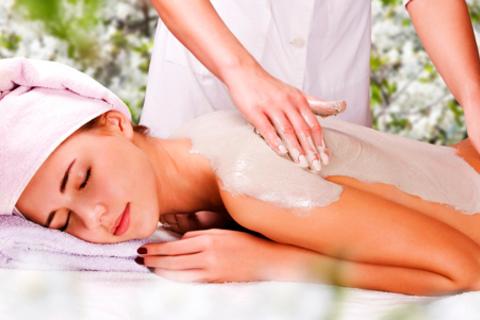 3, 5 или 10 сеансов массажа и обёртывания на выбор в «Кабинете косметологии». Скидка до 76%