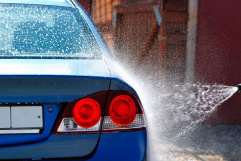 Комплексная мойка, полная химчистка салона автомобиля и покрытие кузова «жидким стеклом» от автомойки Namoem. Скидка до 77%