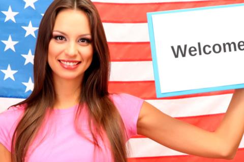 Изучение английского, немецкого, итальянского или испанского языка в языковом центре «Компас».  Скидка до 77%