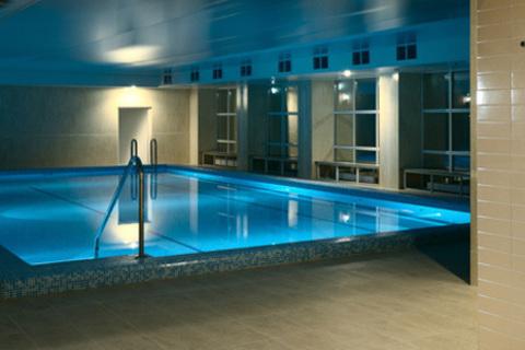 Отдых для двоих в отеле «Империал» в Подмосковье с питанием и spa-процедурами. Заезды на майские праздники!  Скидка до 42%